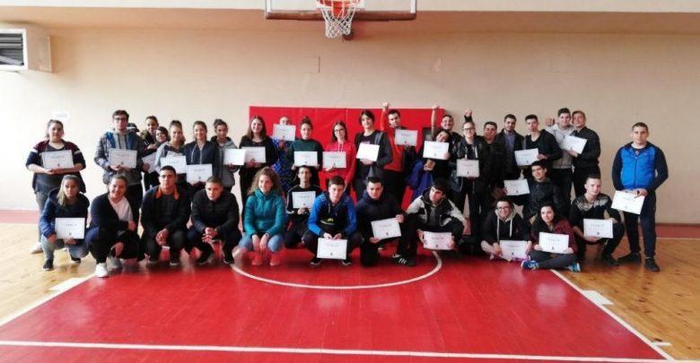 mladite-lideri-na-kazanlyk